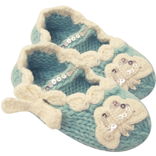 Knitted butterfly cozy toes